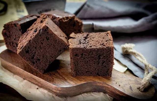 世涛啤酒搭配巧克力蛋糕