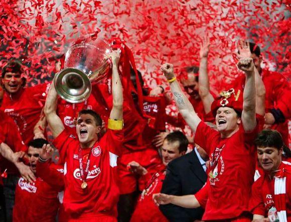 伊斯坦布尔奇迹利物浦赞助商嘉士伯Carlsberg